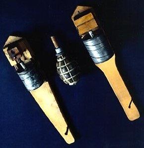 Grenades F2 premier et second modèle